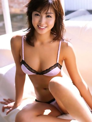 Beautiful asian babe...
