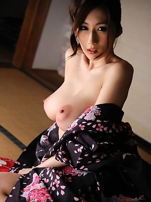 Julia Asian is so erotic...