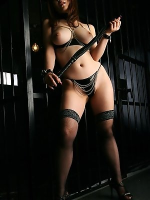 Hot Asian stripper in...