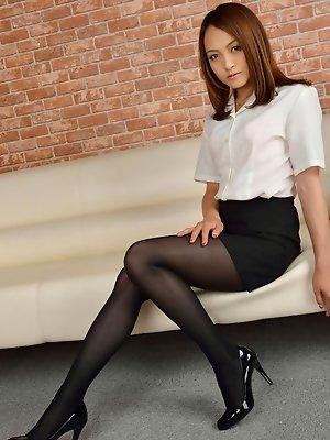 Ravishing Rina Itoh poses...